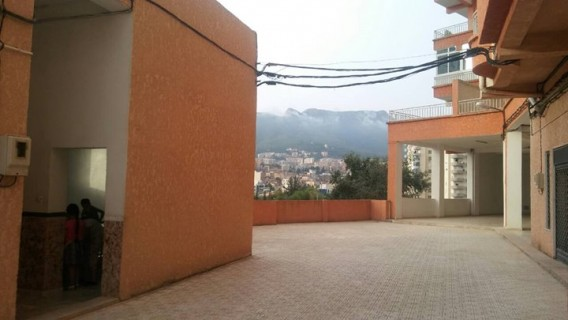 107_vente local bejaia 2.jpg